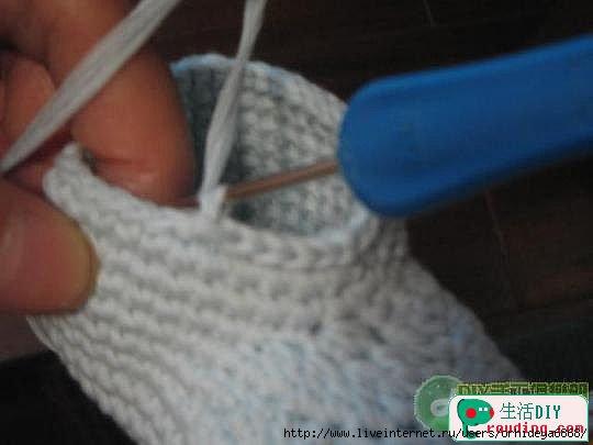 طريقة لصنع حذاء بالكروشي للاطفال 75447662_47