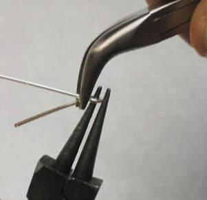 Создание застежки-крючка для украшений из проволоки. 77656198_1314728250_squeeze