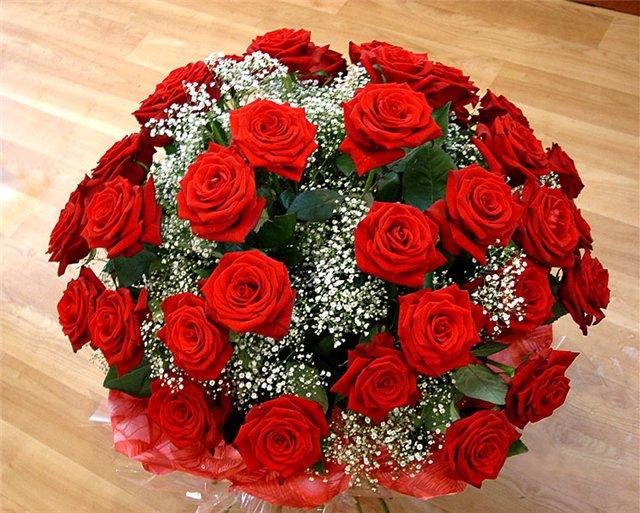 Поздравления с днем рождения! 78987094_71694206_rozuy1