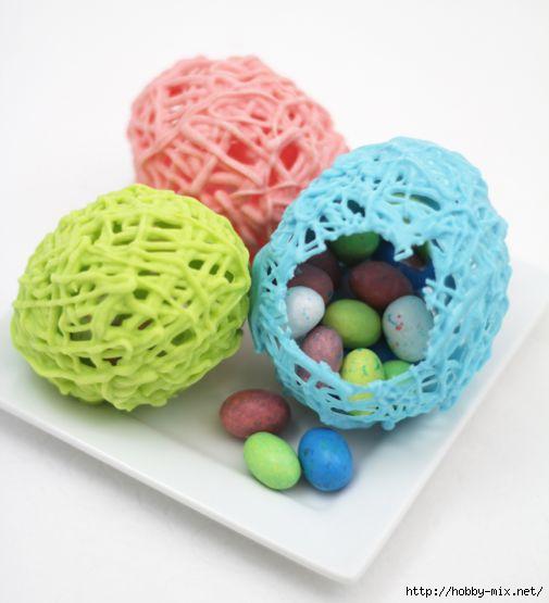 Праздничный стол - Страница 2 99065598_Hollow_Chocolate_Eggs4