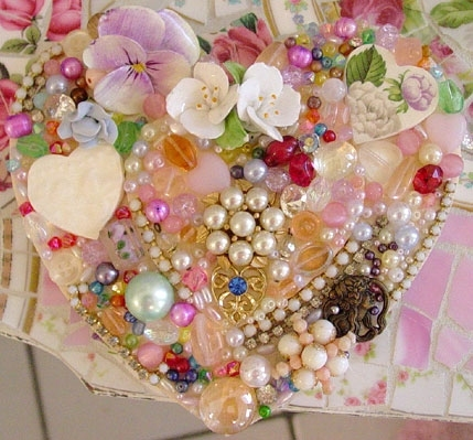 Jewelled Heart 2940130_jewelled_heart_fun_to_create