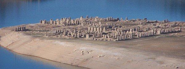 La Isabela, un real sitio bajo las aguas Vista-del-pueblo-sumergido-en-_54239613399_51351706917_600_226