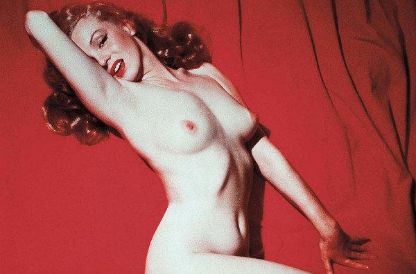 TRAILERS   Y TEMAS ERÓTICOS...... - Página 2 Marilyn-Monroe-en-una-sensual-_54344867927_53389389549_600_396