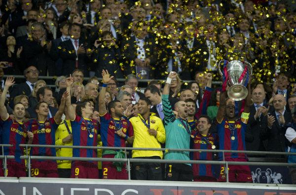 صور اضافية عن لقاء برشلونة ضد المان بعد المباراة  Los-jugadores-del-Barca-celebr_54161074186_54115221154_600_396