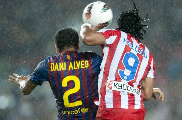 صور اضافية كتيبة الاعدام تجهزعلى اتلتيكو مدريد Partido-FCB-vs-Atletico-de-Mad_54221057382_54115221154_600_396