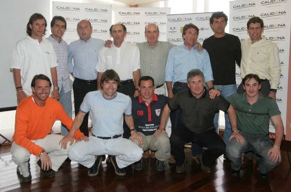 """تكريماً لأنجازاتهـ مع البلوغرانا صحيفة إلموندو تطرح صور للراحل """" بيريدا """" إليكم Amante-del-Golf-en-el-2006-ex-_54221623554_54115221154_600_396"""