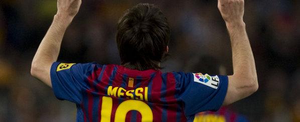 El Barça gana al Español (4-0) Messi-de-espalda-senalando-el-_54289960939_54115221155_600_244