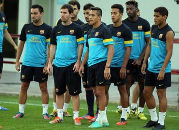 Sevilla - FCBarcelona La-plantilla-azulgrana-ha-regr_54351860783_51356729138_352_256