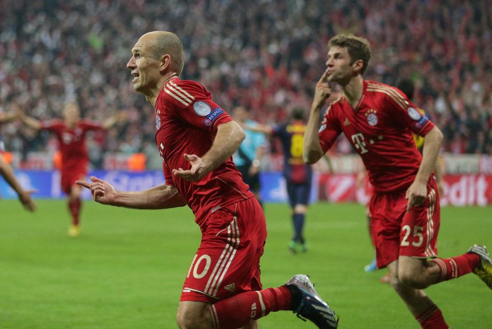 بالصور مباراة بايرن ميونيخ - برشلونة 4-0 (23-04-2013) Bayern-s-Arjen-Roben-left-from_54371484229_54115221152_960_640