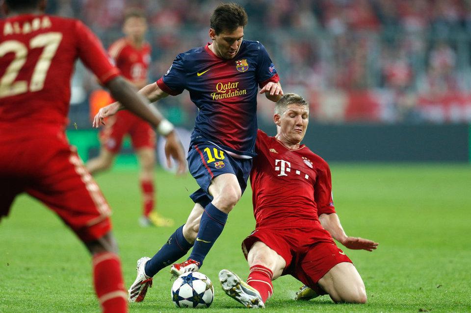 بالصور مباراة بايرن ميونيخ - برشلونة 4-0 (23-04-2013) Bayern-s-Bastian-Schweinsteige_54372753996_54115221152_960_640