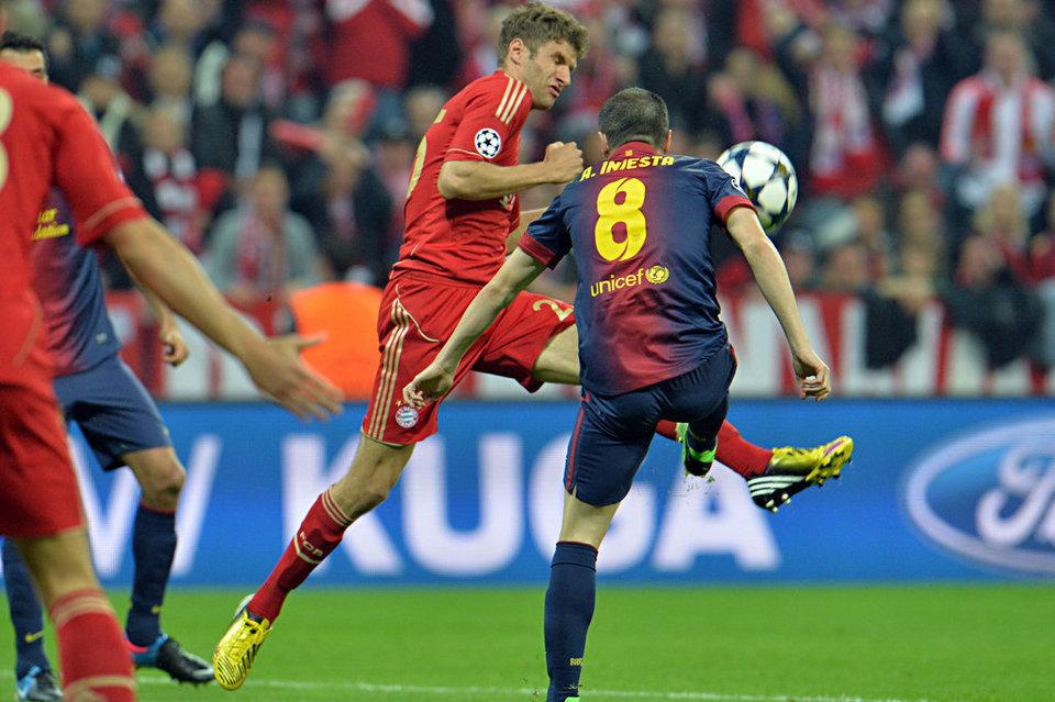 بالصور مباراة بايرن ميونيخ - برشلونة 4-0 (23-04-2013) Bayern-s-Thomas-Mueller-and-Ba_54372752529_54115221152_960_640