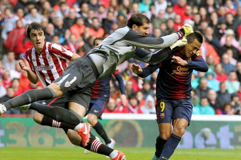 بالصور مباراة أتليتيكو بلباو - برشلونة 2-2 (27-06-2013) El-portero-del-Athletic-de-Bil_54371606025_54115221152_960_640