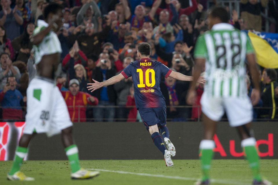 صور المباراة: برشلونة 4-2 بيتيس  05-05-2013 FC-BARCELONA-BETIS-FOTO-MANEL-_54373832406_54115221152_960_640