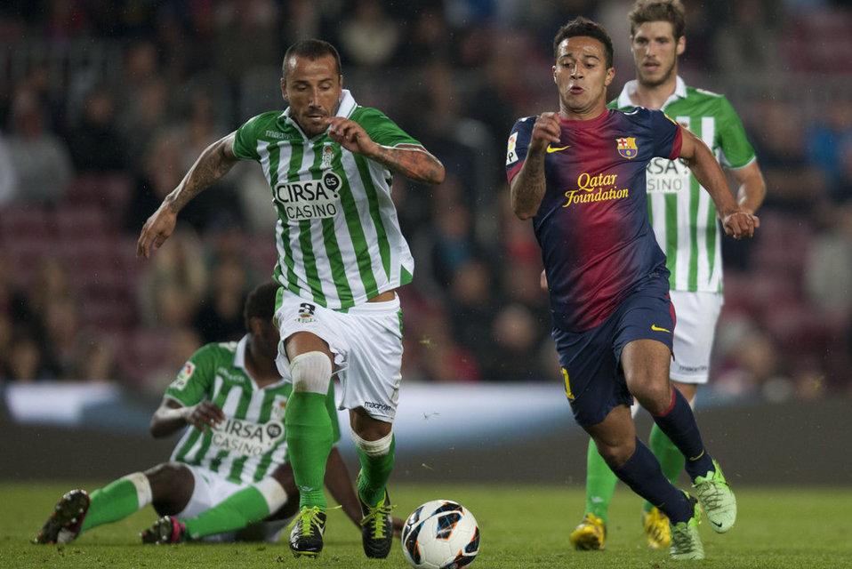 صور المباراة: برشلونة 4-2 بيتيس  05-05-2013 FC-BARCELONA-BETIS-FOTO-MANEL-_54373832426_54115221152_960_640
