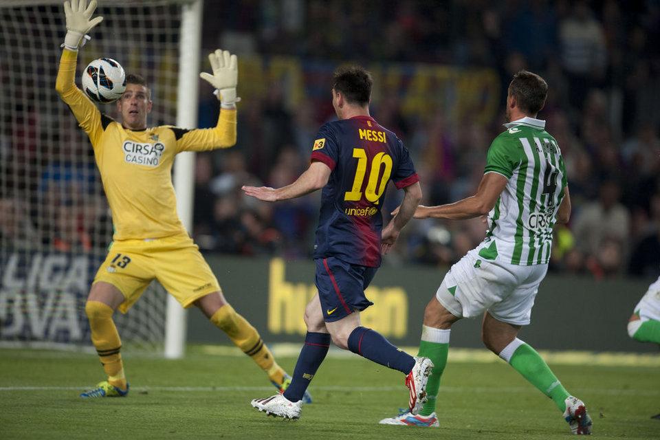 صور المباراة: برشلونة 4-2 بيتيس  05-05-2013 FC-BARCELONA-BETIS-FOTO-MANEL-_54373832436_54115221152_960_640