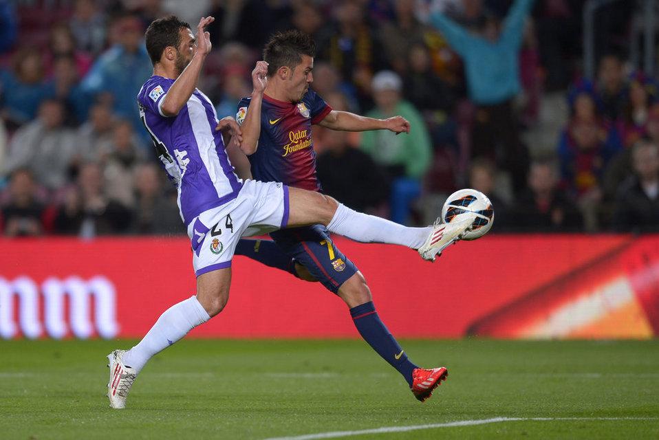 صور مباراة برشلونة - بلد الوليد 2-1 ( 19-05-2013 ) Barcelona-s-David-Villa-duels-_54374225382_54115221152_960_640