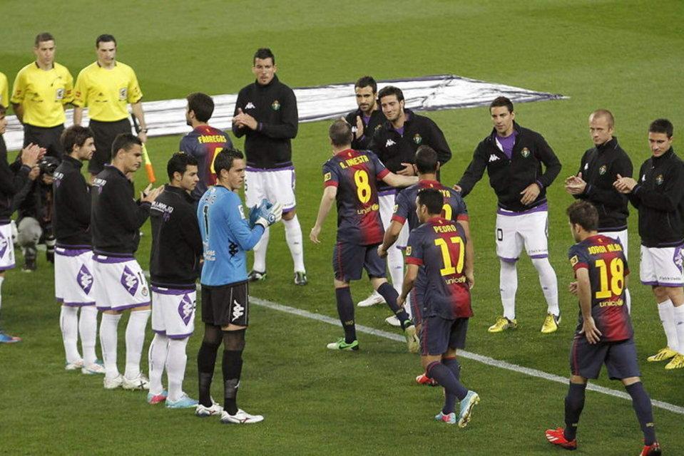صور مباراة برشلونة - بلد الوليد 2-1 ( 19-05-2013 ) Los-jugadores-del-Valladolid-h_54374225254_54115221152_960_640