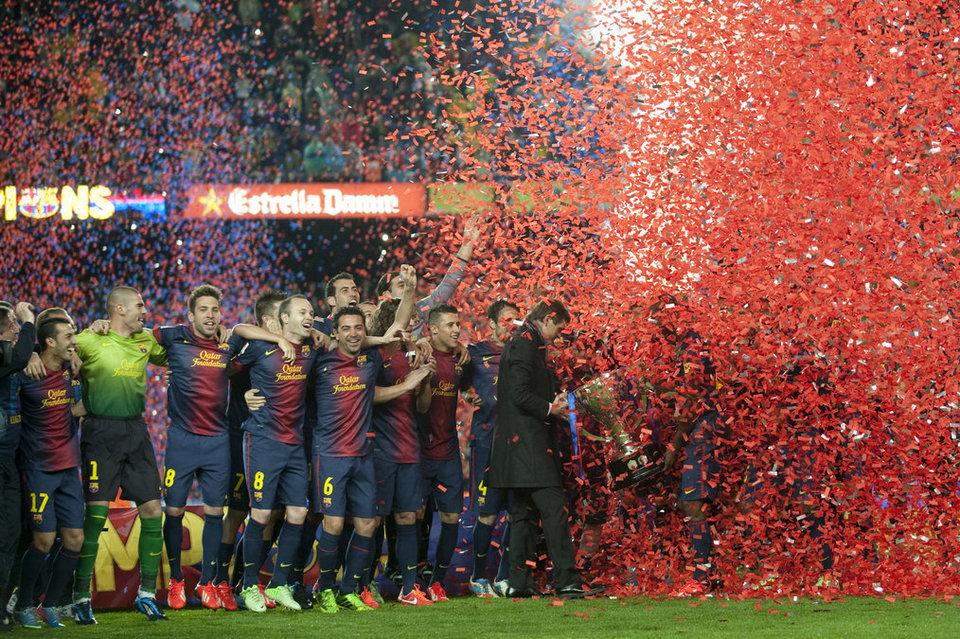 صور احتفالات برشلونة بلقب الليغا الاسبانية في ملعب الكامب نو  19-05-2013 Partido-FCB-Valladolid-Foto-Cl_54373672428_54115221152_960_640