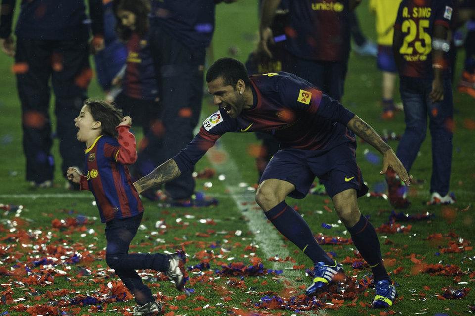 صور احتفالات برشلونة بلقب الليغا الاسبانية في ملعب الكامب نو  19-05-2013 Barcelona-Valladolid-foto-Pere_54373680212_54115221152_960_640