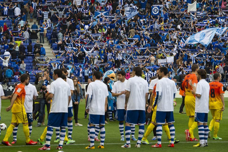 صور مباراة اسبانيول - برشلونة 0-2 ( 26-05-2013 )  Espanyol-Barcelona-Passadis-fo_54374868385_54115221152_960_640