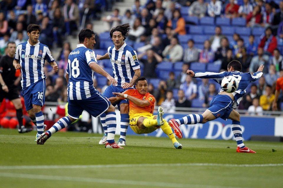 صور مباراة اسبانيول - برشلونة 0-2 ( 26-05-2013 )  Gol-de-Alexis-0-1-Foto-PEP-MOR_54374868390_54115221152_960_640