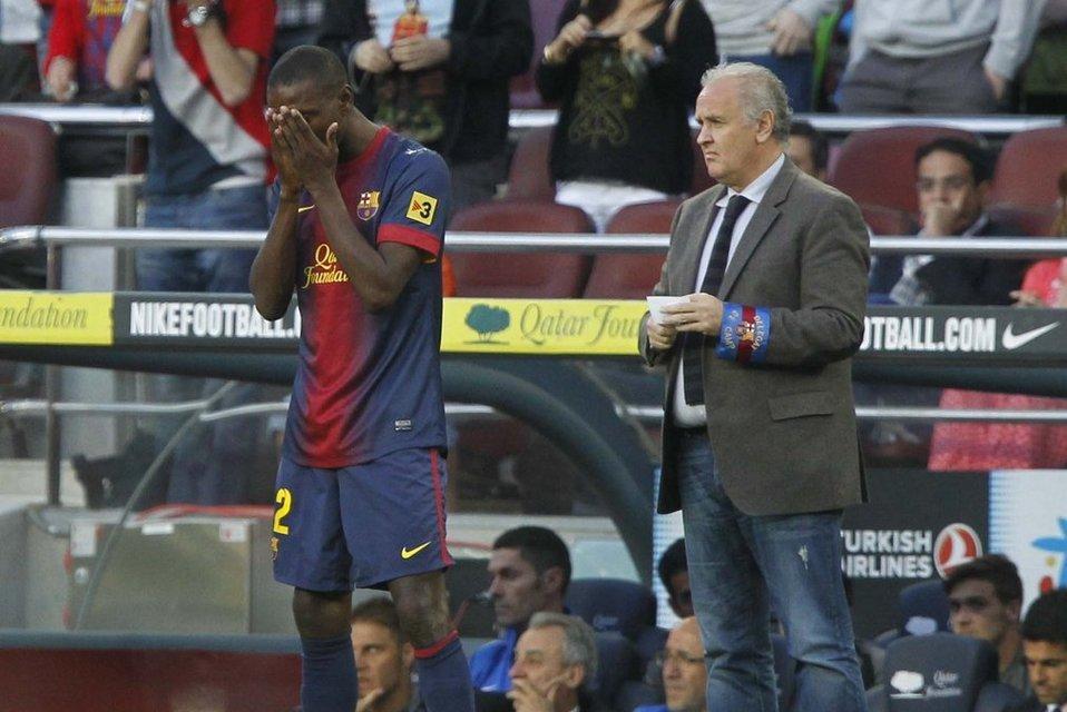 بالصور مباراة برشلونة - ملقا 4-1 ( 01-06-2013 ) Eric-Abidal-antes-de-jugar-sus_54375050526_54115221152_960_640