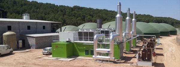 Estreno de una planta de biogas amenazada por el PP Vista-de-la-planta-de-biogas-d_54399075498_51351706917_600_226