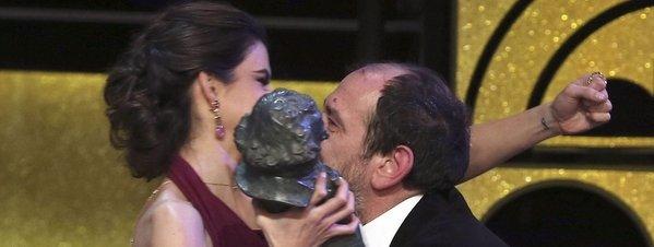 <<<< Los ganadores de los Goya 2015 >>>> El-actor-Karra-Elejalde-recibe_54426982951_51351706917_600_226