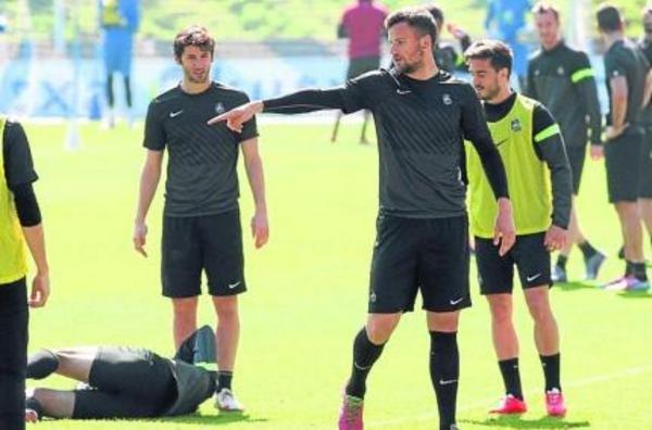 SEFEROVIc. .ficha por el Eintrach(Alemán ) y marco 2 goles al Inter.Amistoso - Página 3 Seferovic-en-un-momento-del-en_54403749968_54115221154_600_396