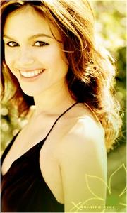 Jayne Fox
