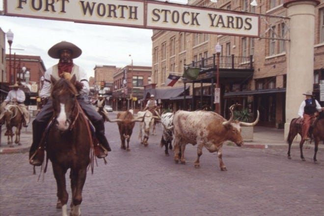 Say What Pleased You Today - Page 6 DGEN_FtWorth_stockyards_55_660x440_201404181436