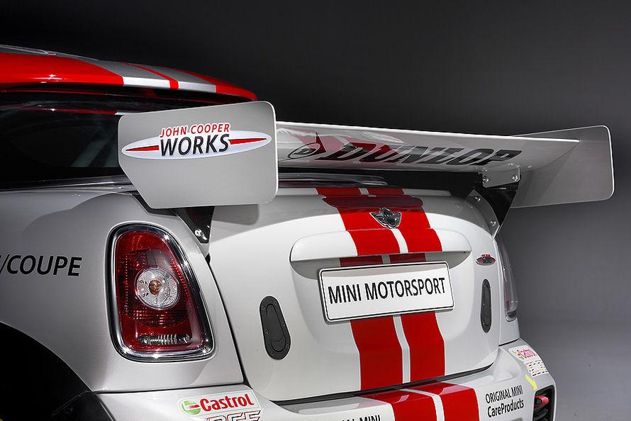 MINI Coupe race car... 06-11-Mini-Coup-JCW-Endurance-c890x594-ffffff-C-4af86918-503425