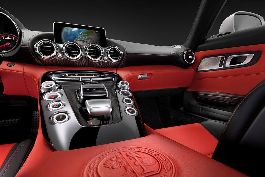 2014 - [Mercedes-AMG] GT [C190] - Page 6 Mercedes-GT-AMG-Innenraum-fotoshowBigImage-d1243f8b-771354
