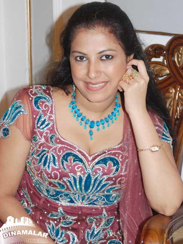 அனுஷாவின் தெய்வதிருமகன் திரைப்படத்தின் ,படங்கள்! 1301416223