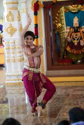 கோலோராடோவில் ஸ்ரீ கிருஷ்ண ஜென்மாஷ்டமி Morepic_7898066