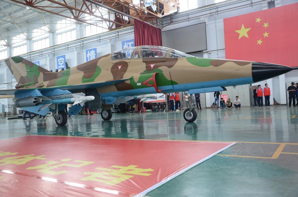 السودان يشترى 6 مقاتلات FTC 2000 19761303_980x1200_0