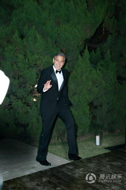 George Clooney expected in Shanghai on 16 May 2014 for Omega celebration - Page 4 9450030_640x640_281