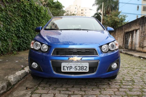Sobre Chevrolet Sonic 2012 30406_1