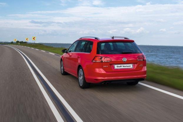 Sobre Volkswagen Golf Variant 90139_1