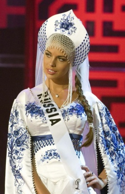 «Мисс Вселенная-2008»: американка опять упала, россиянка — в 29030106_1216152384_1216020448_0298_258x400