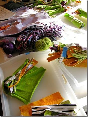 Текстильные украшения Мэг Ханнан 44045842_sunlimedscn0199blogthumb
