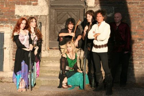 Blackmore's Night 54459864_blackmores_nightband