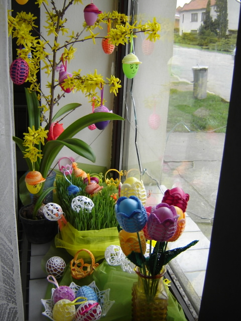 Пасхальные яйца ТЮЛЬПАНЫ. Вязание крючком (8) (480x640, 337Kb)