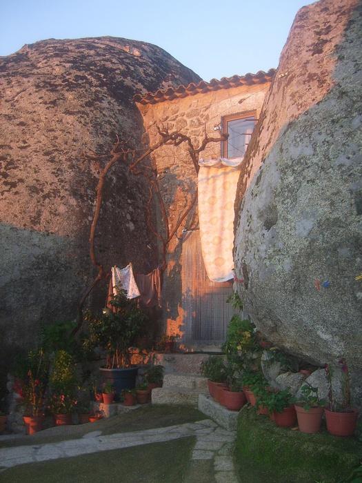 Португальская деревня Монсанто 78129771_SV100699