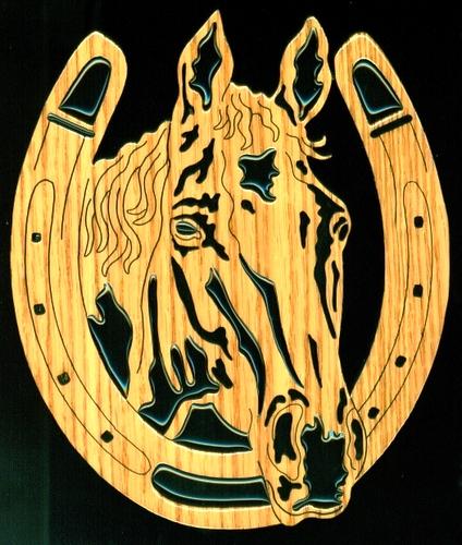 ******* 79711891_Horseshoe_with_horse