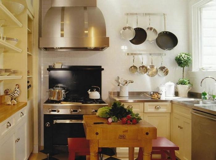 Маленькая кухня - не наказание!:) 96656289_thumbs_smallbutgoodequippedkitchen554x411