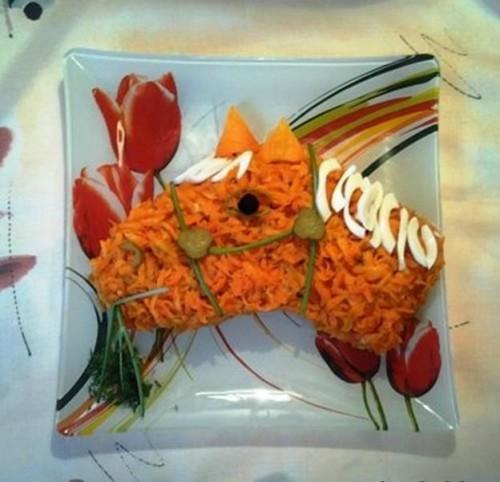 Фотоподборка оригинально оформленных новогодних салатов 108568563_1nON