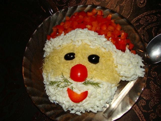 Фотоподборка оригинально оформленных новогодних салатов 108568581_getImage134