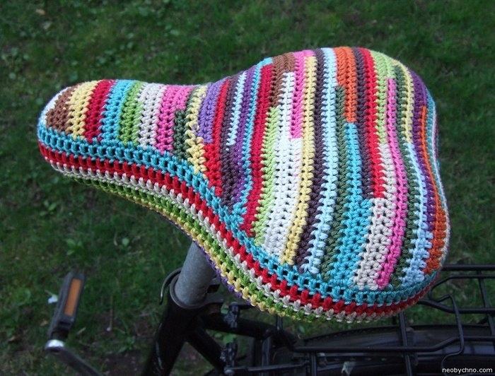 Ярко и уютненько - вязаные красивости для дома 2874649_crochet-bike-seat-cover11