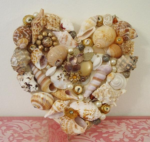Jewelled Heart 2940111_beautiful_seashells